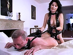 Amateur Domina Strapon Old