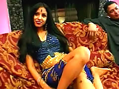 Stunning Indian Babe Blows Cock And .. pussy indian