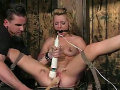 Lexi Belle - Bondage domination dildo