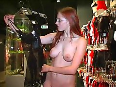 Redhead likes to show