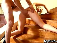 Syren Sexton is one of those ultra sexy blondes-t