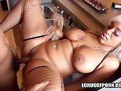Big Phat Apple Bottom Booty 17 from LordsOfPorn