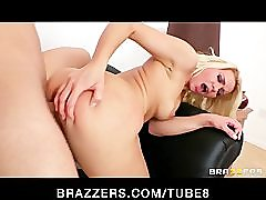 Horny blonde pornstar Anikka Albrite has a squirting orgasm closeup