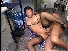 Hausfrauen Privat 4 