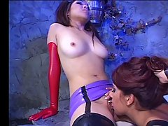 Kittens vol Scene 01. Hot Asian girls satisfy their lust oriental ..