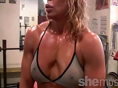 Sexy Mature Blonde Gym