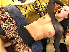 Gefickt in hautengem nylon Scene 03. Older guy is fucking a beautifu..