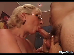 Old slut got doggy fucked by some horny dude. Old slut got doggy fuc..