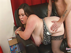 Big Tits Mature Roxy