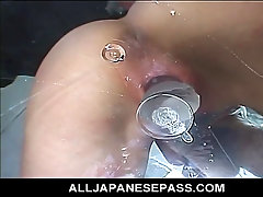 Horny Japanese cougar has