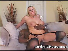 White Wifey In Cuckold Threesome. HOT and nasty cuckold wife sharing..