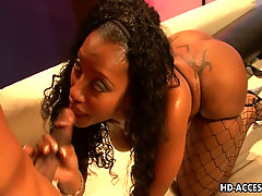 Ebony hottie with big ass riding cock like mad. Holy shit this ebony..