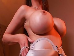 MILF pussy fucking hard