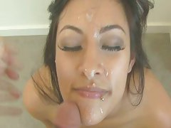 Horny Latin babe gets facial