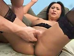 Mature Asian squirting