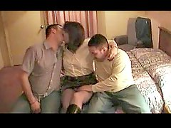 Couple invites a new guy for threesome
