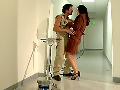 Janitor fucks India Summer